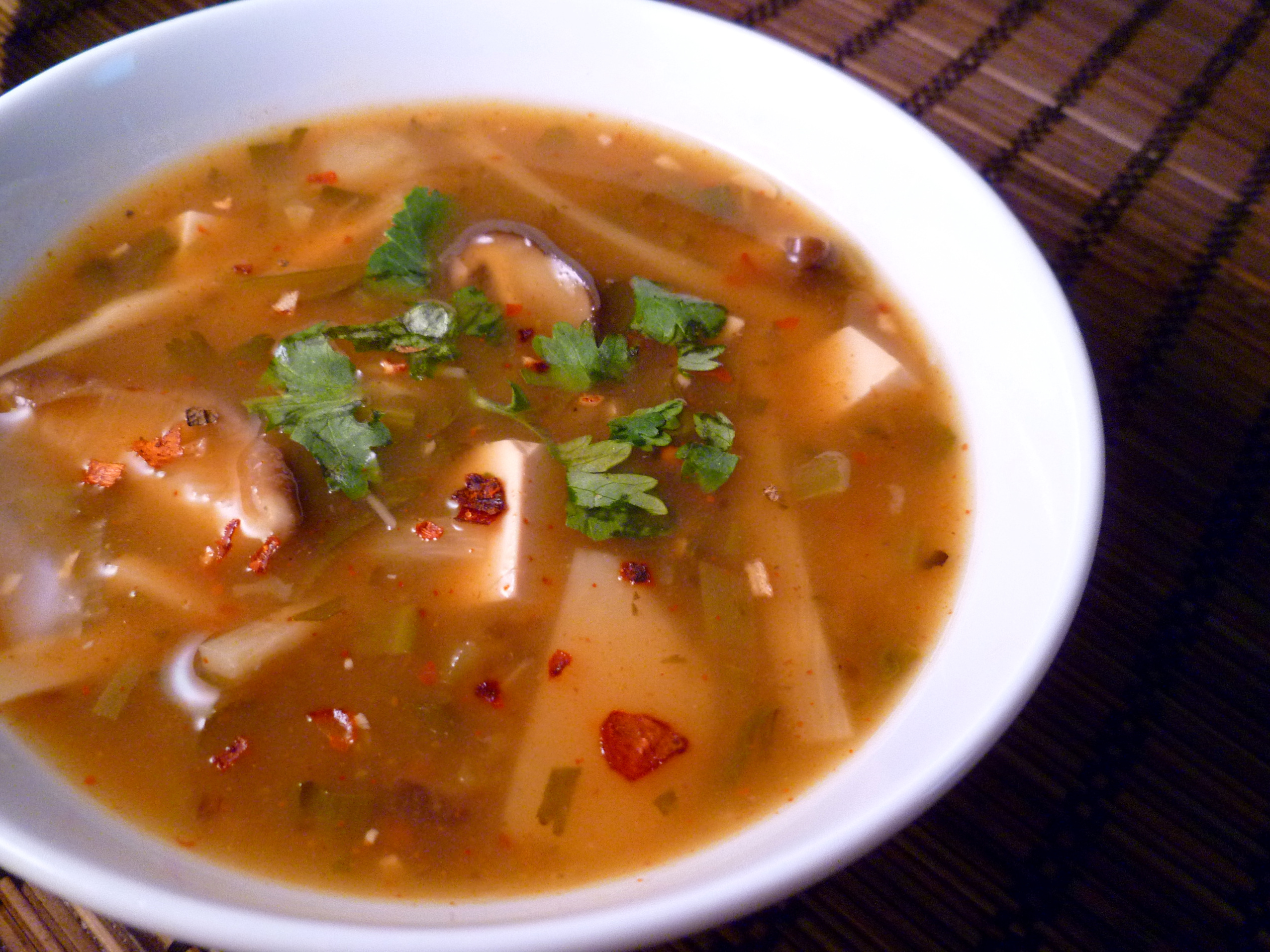 Hot and Sour Soup (Vegan) | Vogue Vegetarian